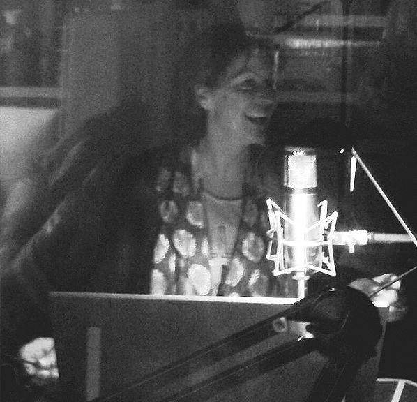Thuisstudio Voice Over / Stemactrice Natalie de Klijn